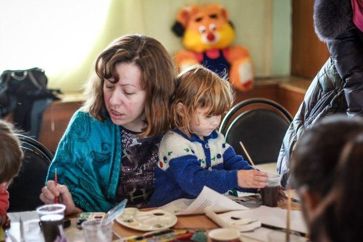 Творческие занятия с детьми беженцев с Украины
